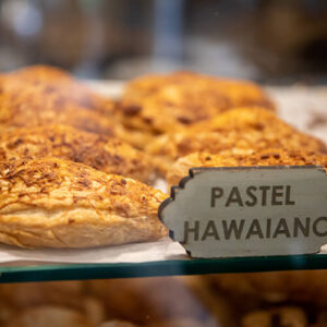 PASTEL HAWAIANO